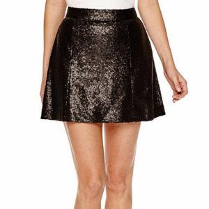Decree Tiny Sequin Skater Dance Mini Skirt